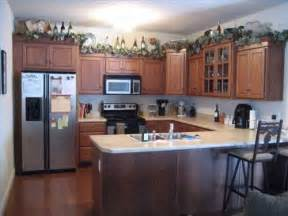 Top Of Kitchen Cabinet Ideas by Above Cupboard Decoration Ideas Home Design And Decor
