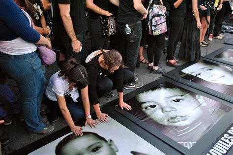 imagenes niños quemados guarderia file manifestaci 243 n guarderia abc 1 jpg wikimedia commons