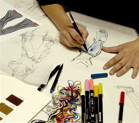 become a designer i want to be a famous fashion designer and artist what is