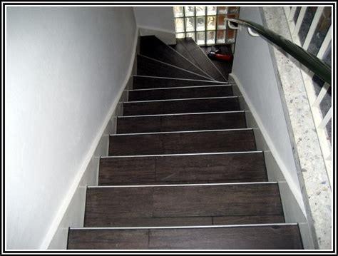 fliesen legen treppe treppe fliesen anleitung fliesen house und dekor