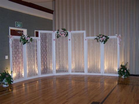 creative wedding  party decor backdrop choices