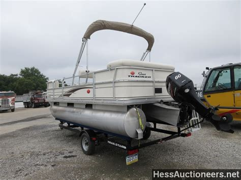 used tracker boats for sale in pa used 2005 suntracker pb18 pontoon boat for sale in pa 20167