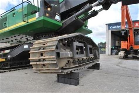 Auto Cribbing by Plastic Cribbing System Helps Stabilise Heavy Loads