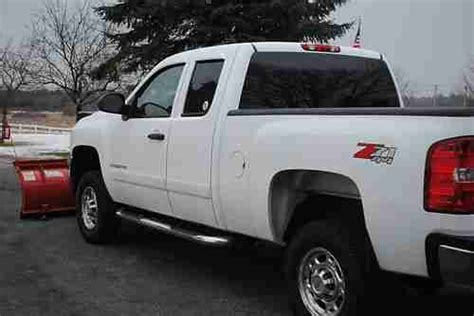 how make cars 2008 chevrolet silverado 2500 auto manual sell used 2008 chevy silverado 2500 hd 4x4 towing package western plow liner low resere in