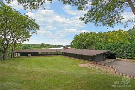 rambling house stunning spectacular 1961 mid century modern time capsule house in minnesota 66