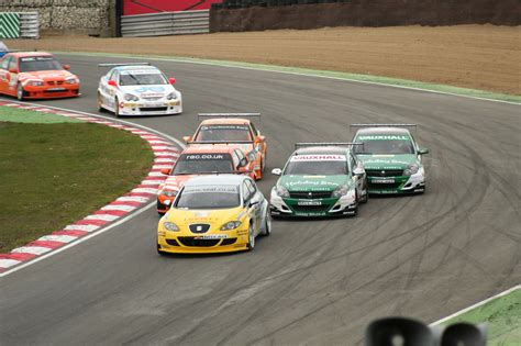 Types Of Car Racing Uk by File Btcc Brands06 Paddockhill Jpg Wikimedia Commons