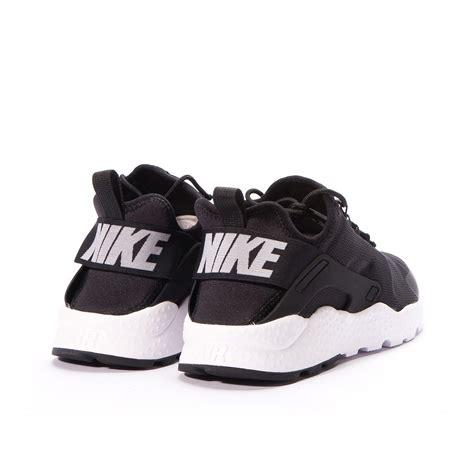 black and white patterned huaraches nike wmns air huarache run ultra black white 819151 001