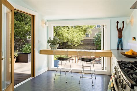 Windows Top Bar by 12th Residence Kitchen San