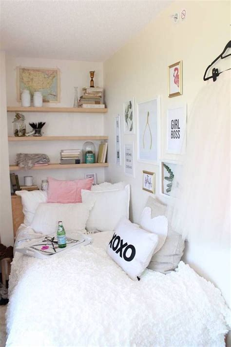 tiny room decor 25 best ideas about small teen bedrooms on pinterest