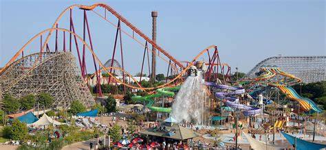 7 Great Amusement Parks For by Six Flags Theme Park Statistics Statistic Brain