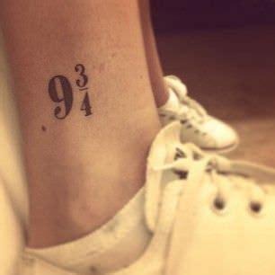 do hand tattoos hurt 25 best ideas about a on tattoos