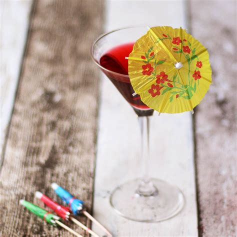 How To Make Paper Umbrella For Drinks - paper cocktail umbrellas mini paper parasols for drinks