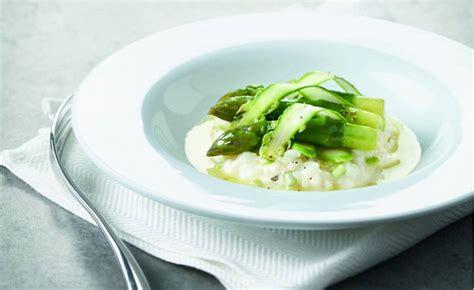 cuisine asperges vertes risotto aux asperges vertes par l 233 cole de cuisine alain