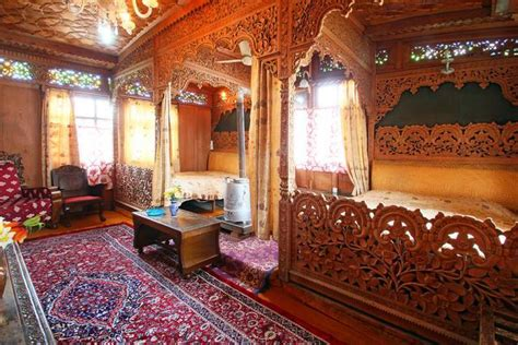 srinagar boat house amina group of houseboat srinagar use coupon gt gt bestbuy