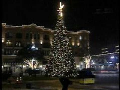 sugar land town center holiday tree lighting ceremony is