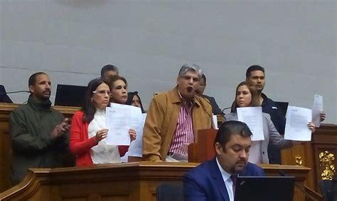 maduro seniat despiden a empleados del seniat por firmar contra maduro