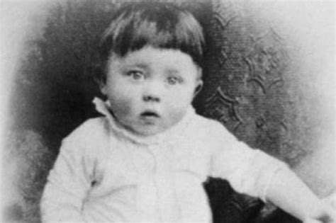 born adolf hitler adolf hitler public and private life rise in power