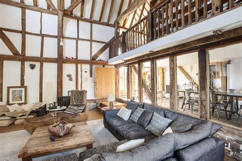 Grange Geneve Meubles by Une Grange R 233 Habilit 233 E Dans Le Kent Planete Deco A Homes