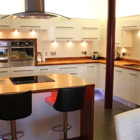 gloss white kitchens hallmark kitchen designs previous kitchen projects hallmark kitchen designs