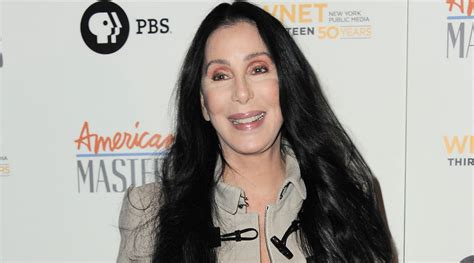 cher latest pictures of 2016 10 celebrities said they d leave the country if trump won
