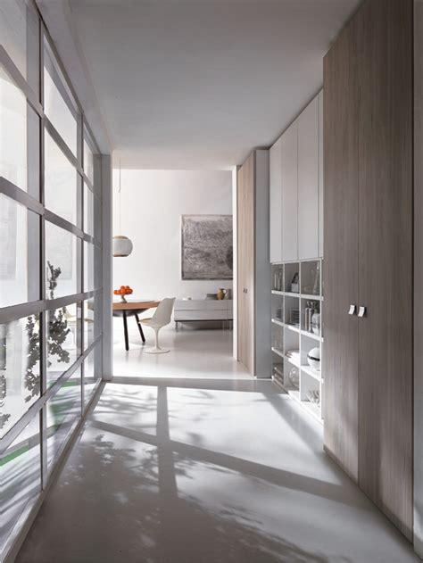 armadio per corridoio armadio in corridoio con libreria master arredo moderno
