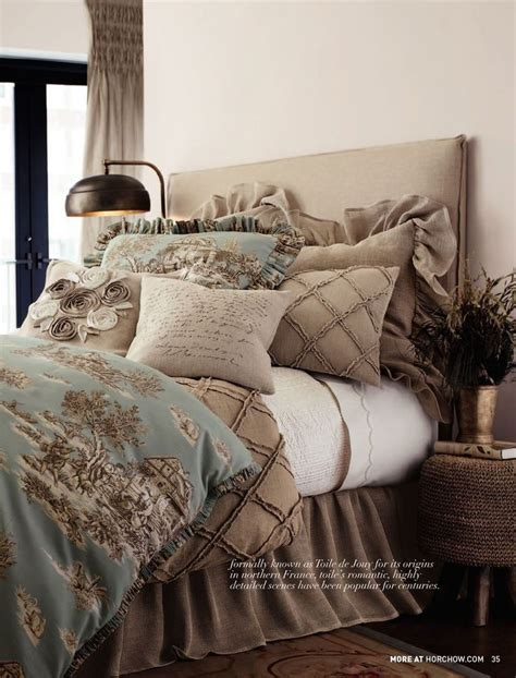 rustic chic bedding 25 best ideas about rustic chic bedrooms on pinterest