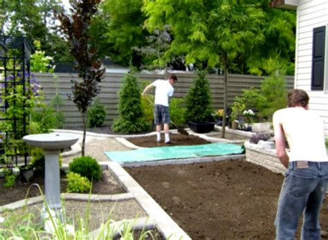 landscaping ideas for small backyard simple landscaping ideas on a budget pictures of front