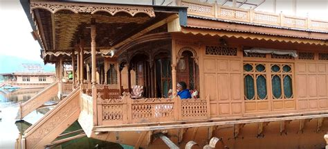 house boat of kashmir houseboat in kashmir houseboat in nagin lake houseboat in