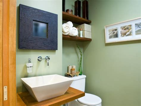 how to decorate a small apartment bathroom 10 savvy apartment bathrooms hgtv
