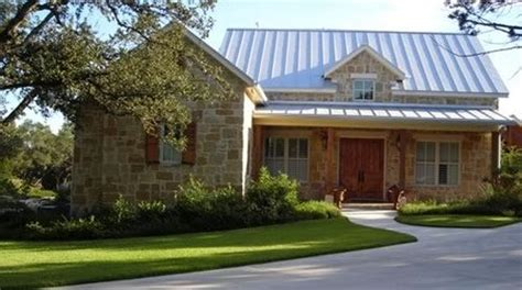 texas hill country porch hill country style homes limestone w metal roof new ranch house pinterest