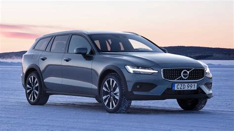 Volvo Pilot Assist 2020 by 2020 Volvo V60 Cross Country Drive Victory