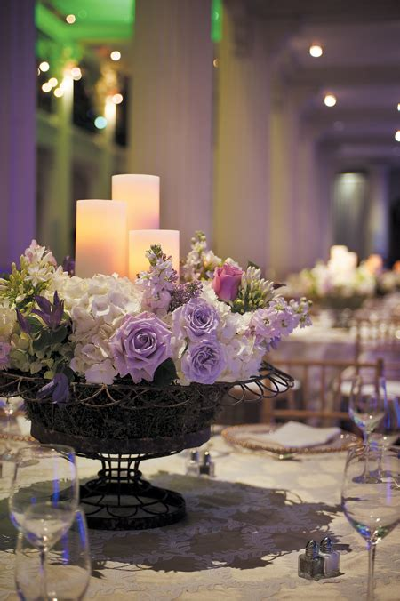 looking for some centerpieces ideas using clear glass cake