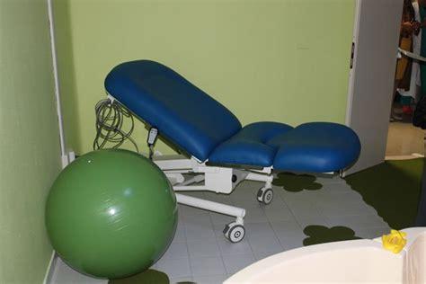 vasca per parto in acqua s salvatore inaugurata sala per parto in acqua il