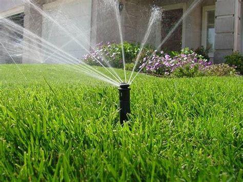irrigazione giardino interrata vantaggi dell irrigazione interrata irrigazione