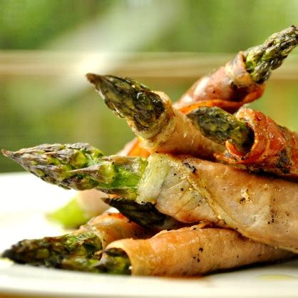 Killer Apps Prosciutto Wrapped Asparagus by Grilled Prosciutto Wrapped Asparagus Three Many Cooks