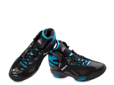 shaquille o neal basketball shoes shaquille o neal autographed reebok shaq attaq shoe