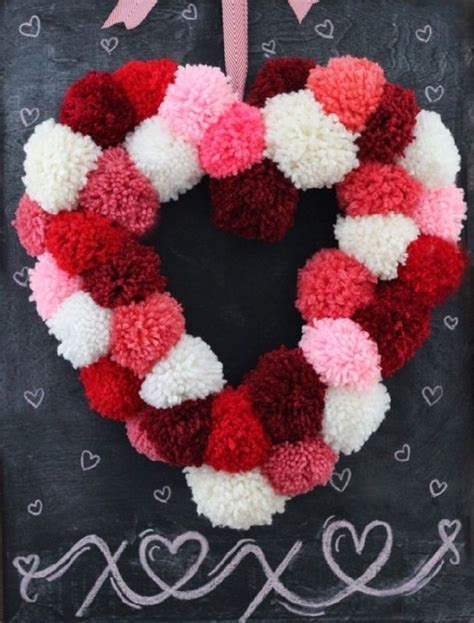 Handmade Pom Pom Decorations - adorable pom pom decor ideas that will brighten up your day