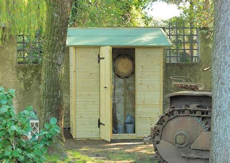 armadio da giardino ikea armadio da esterno in legno armadi di servizio le