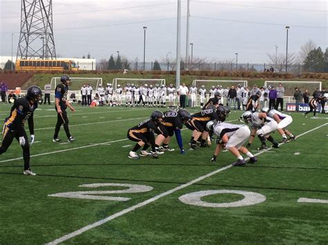 ridgeview claims football title for city of redmond