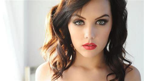 hollywood actress twitter beautiful women wallpaper hollywood actress