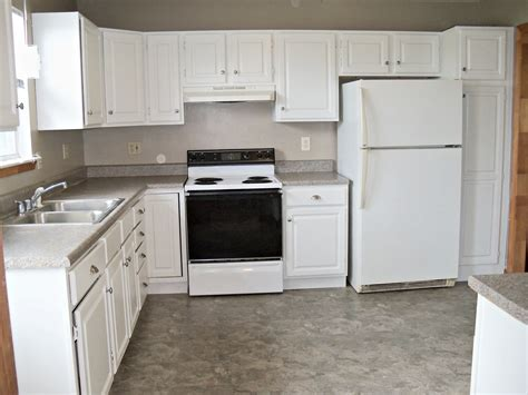 lowes kitchen flooring rent house kitchen before after