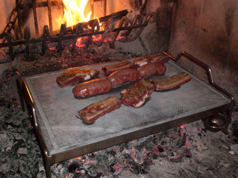 pietra ollare per camino griglia con pietra ollare e pietra lavica per barbecue
