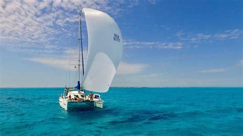 catamaran sailing youtube sailing a catamaran youtube