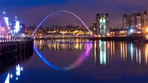 millennium bridge christmas lights newcastle quayside