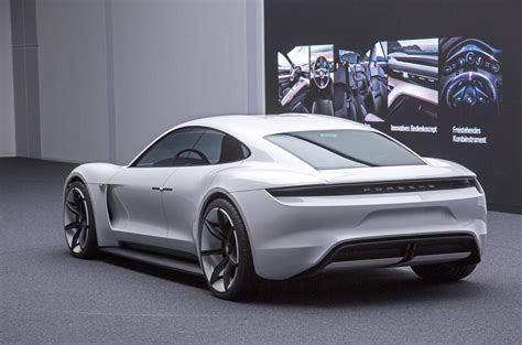 porsche mission e sketch 100 electrique porsche mission e 2019 202x auto titre