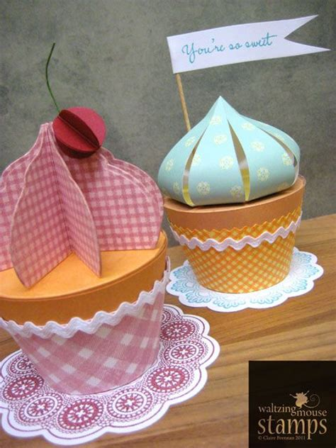 hat boxes paper cupcake and cupcake on