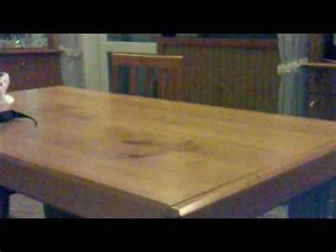 sesso sul tavolo come scopare sul tavolo