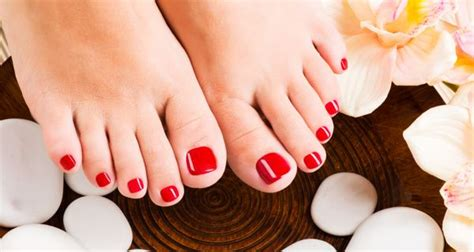 richfeels diy pedicure kit  soft happy feet product