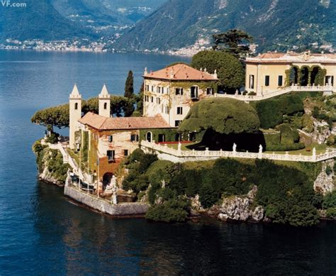 george clooney home in italy george clooney s elegant lake como estate robbed of only a