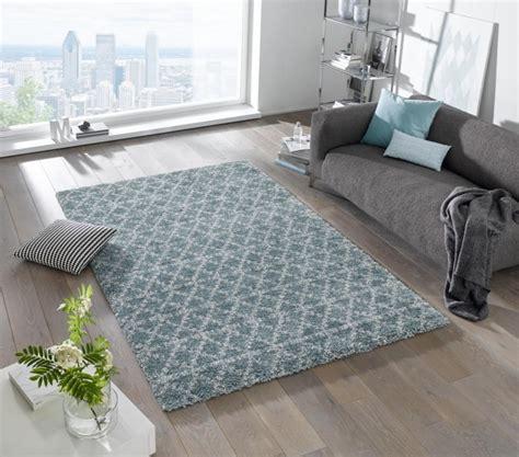 Teppiche 300x300 by Design Velours Teppich Hochflor Cameo Blau Creme